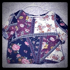 NWOT Cropped blouse
